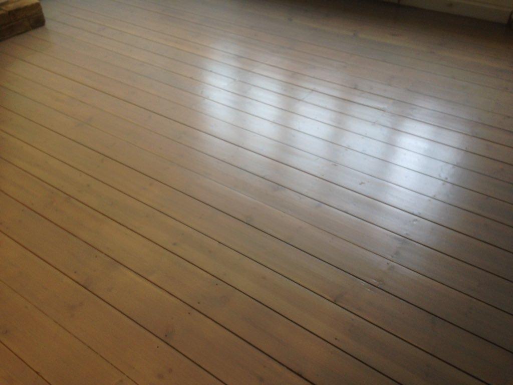 Tinting floors grey